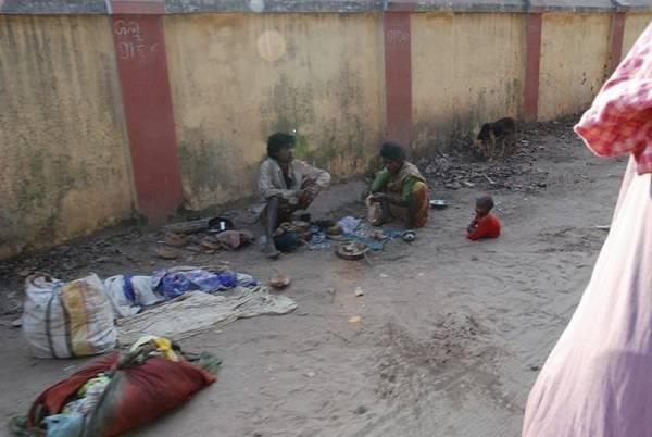 5edac fome - O que a novela Caminho das Índias não mostra. O outro lado da India