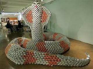 9f7f1 att00007 797995 - A arte de empilhar latas - O dom da arte e seus conceitos de pós modernidade