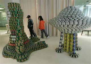 b7221 att00004 797649 - A arte de empilhar latas - O dom da arte e seus conceitos de pós modernidade