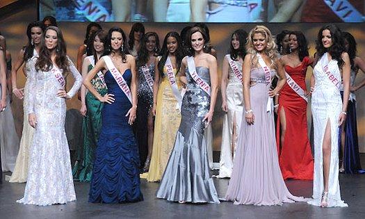 f4ea8 miss canada brasileira f 004 - 2009: Modelo brasileira representou beleza nacional no Miss Canadá