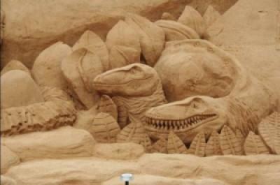 0e5ae arte arena de playa 8 500x332 - Lindas Esculturas de Areia - Parte #1