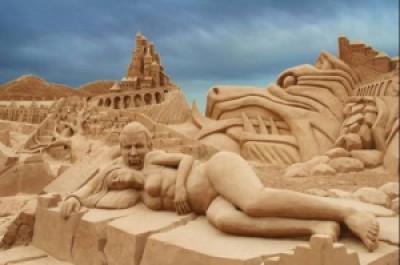 107c8 arte arena de playa 19 500x332 - Lindas Esculturas de Areia - Parte #1