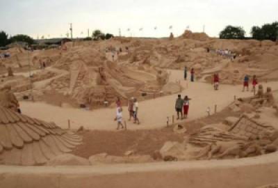 2ca03 arte arena de playa 12 500x339 - Lindas Esculturas de Areia - Parte #1