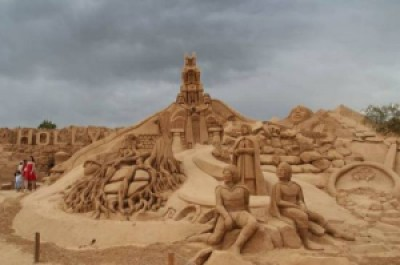 425cd arte arena de playa 9 500x332 - Lindas Esculturas de Areia - Parte #1