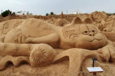 73b42 arte arena de playa 14 500x332 - Lindas Esculturas de Areia - Parte #1