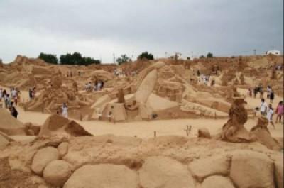 86b22 arte arena de playa 7 500x332 - Lindas Esculturas de Areia - Parte #1