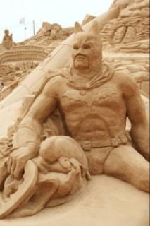 b2473 arte arena de playa 6 500x751 - Lindas Esculturas de Areia - Parte #1