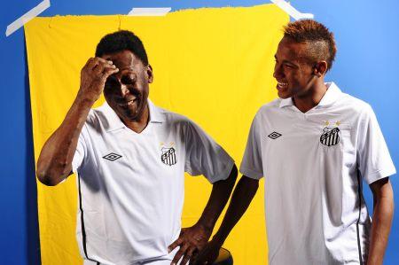 cf7bf pel25c325a9 e neymar - Santos queria Pelé no Mundial de Clubes da FIFA 2011