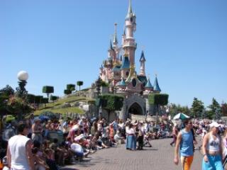 8847c midia eurodisney paris 332 fullsize - As atrações turisticas mais visitadas do mundo