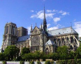 9c303 midia notre dame cathedral - As atrações turisticas mais visitadas do mundo
