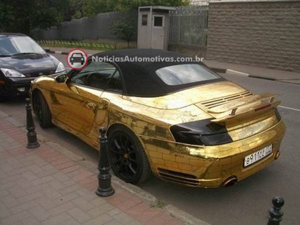 d7ff7 ouro2 - Eles não tem onde colocar dinheiro...Carros de Ouro e Diamante