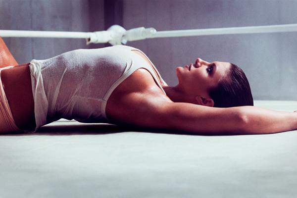 0c65a gina3 - Musa do MMA mostra lado mulher no ringue em ensaio fotográfico