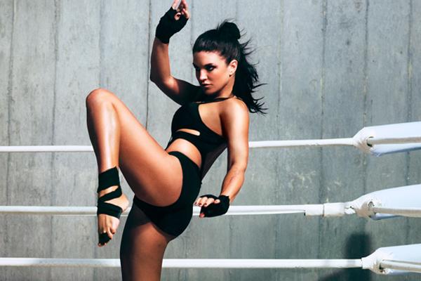 ca693 gina2 - Musa do MMA mostra lado mulher no ringue em ensaio fotográfico