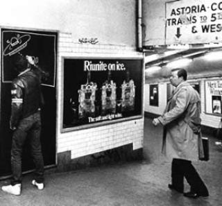 41a93 keithharing subway metro6 - Keith Haring - Google fez homenagem ao artista e ativista