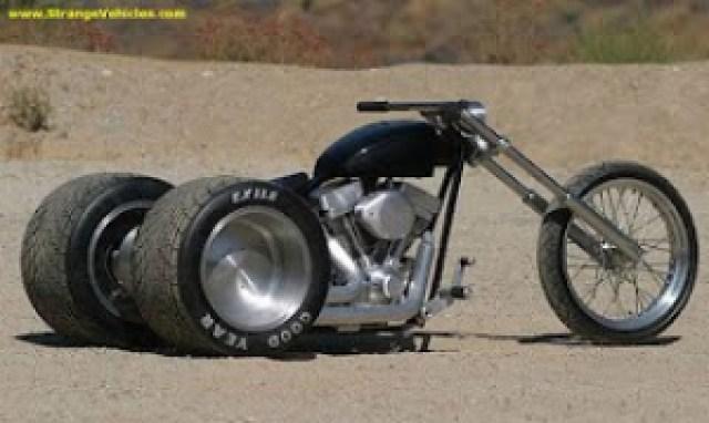 e11c4 pic08405 717190 - Motocicletas Exóticas