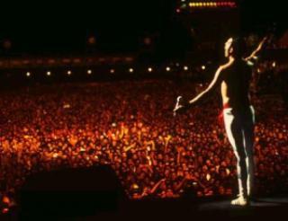 e71ad rock in rio freddie250mil - 1985: Queen a apresentação inesquecivel do Rock in Rio