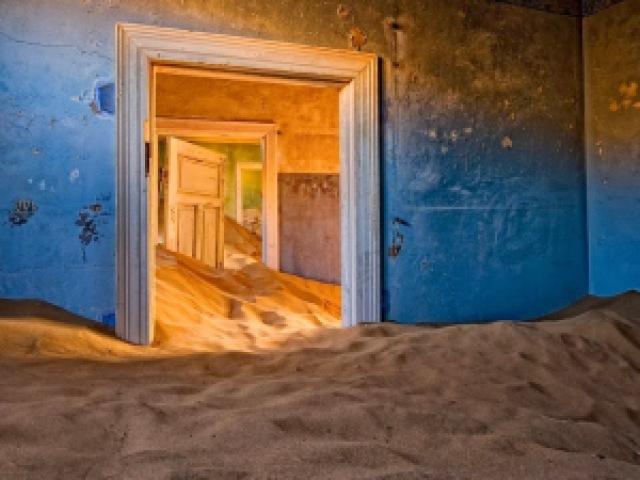 20c05 enhanced buzz wide 18848 1364329851 24 - Lugares Abandonados mais Incríveis e Lindos do Mundo - PARTE #02