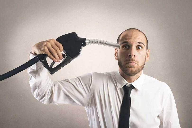 201be 9 motivos gasolina cara brasil - Vídeo: A gasolina cara demais no Brasil