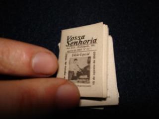 2d8ed menor jornal do mundo jornal pequeno 004 - Curiosidades sobre Jornais impressos - Qual o menor e o maior jornal do mundo?