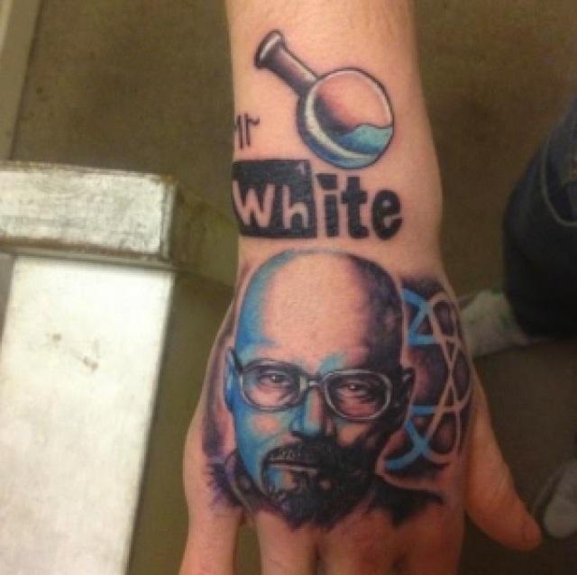 """942de 53 4801 reddit 1375999653 - As 33 Melhores Tatoos de Walter White - Vulgo """"Heinsemberg"""""""