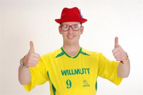 dae0b willmut - Trote da Internet: Willmutt acha um celular e liga para TIM