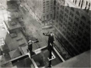 """e82e7 charlesc ebbetsofotc3b3grafodasalturas ahoradoalmoc3a7o foto antiga - Charles C. Ebbets o fotógrafo das alturas """"A hora do almoço"""""""