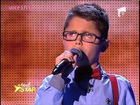 fb2f8 menino cego canta frank sinatra faz juri chorar 2 - Relembre: Garoto cego de 10 anos faz jurados chorarem