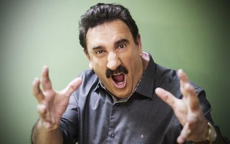 aa189 ratinho globo sbt raiva primeiro ibope - Momentos da TV: Ratinho liga para Globo terminar a novela
