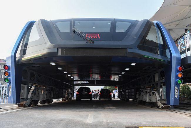 575c2 futuro3 - Ônibus chinês será o futuro para desafogar o trânsito nas metrópoles